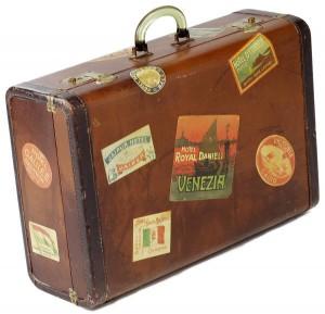 suitcase(32)
